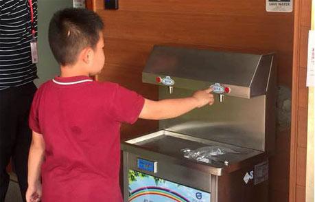 中小学直饮水工程